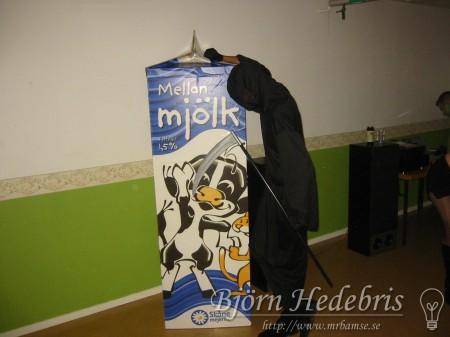 maskerad, mjölk, mjölkpaket, spill, etikett, papp, xeikon, digitalutskrift, joel smiel