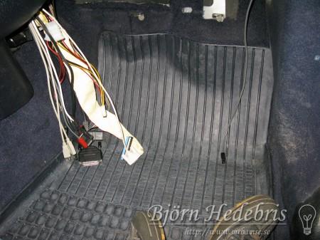 kablar, volvo 240, golv, bildator