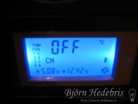 Blå LED i fläktkontrollerdisplay