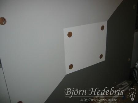 Projektortavla, projektorduk, träram, hemmabio, spotlight, taklampa, spackling, målning