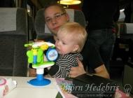 Noah leker på tåget